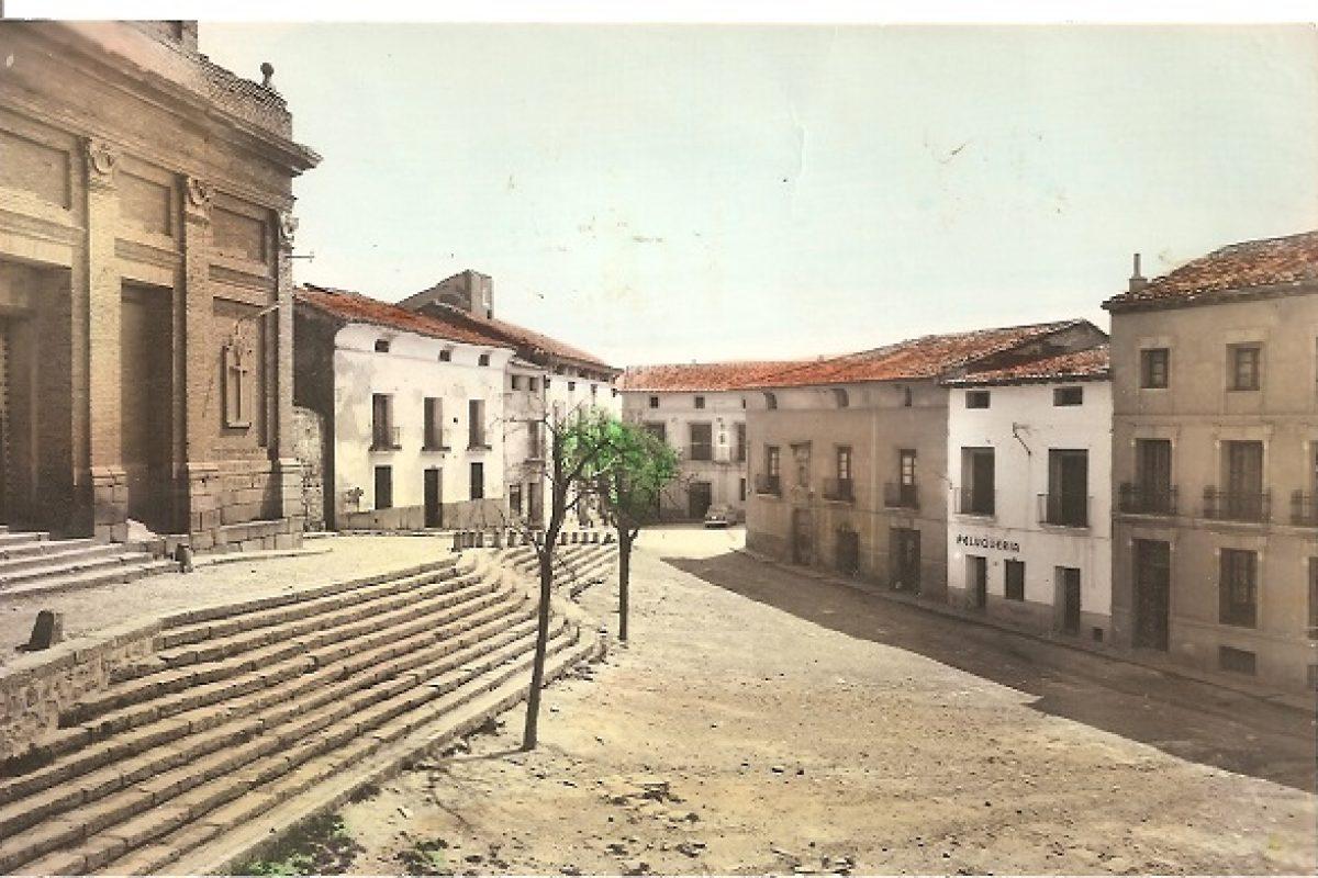 15 Plaza de la Iglesia año 1960